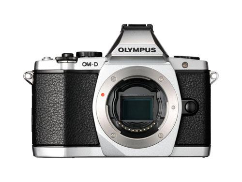 OLYMPUS OM-D E-M5 ボディ シルバー*