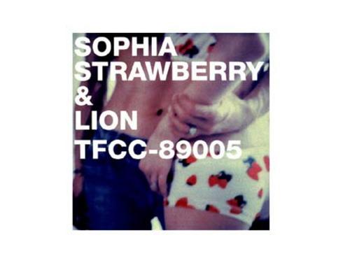 STRAWBERRY & LION/SOPHIA